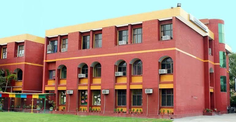 Allen House Public School, Panki