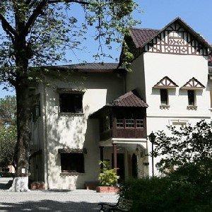 Welham Girls' School Dehradun. The best all girl's boarding school in India/